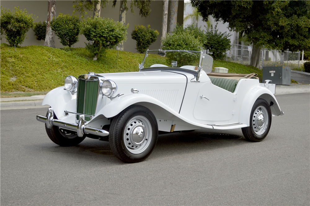 1950 MG TD ROADSTER - Front 3/4 - 188746