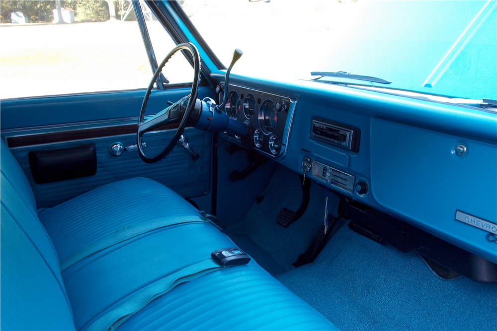 1970 CHEVROLET C-10 FLEETSIDE PICKUP - Interior - 188751