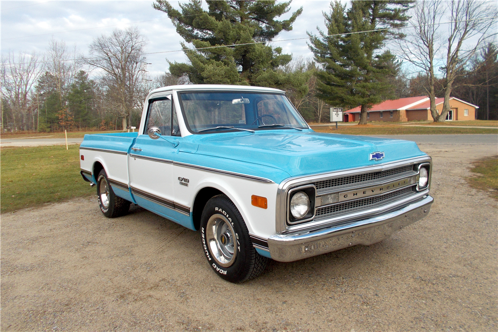 1969 CHEVROLET C-10 FLEETSIDE PICKUP - Front 3/4 - 188752