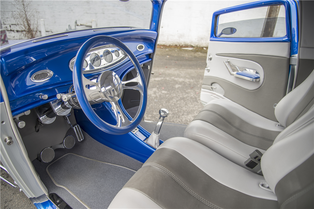 1932 FORD 3-WINDOW CUSTOM COUPE - Interior - 188753