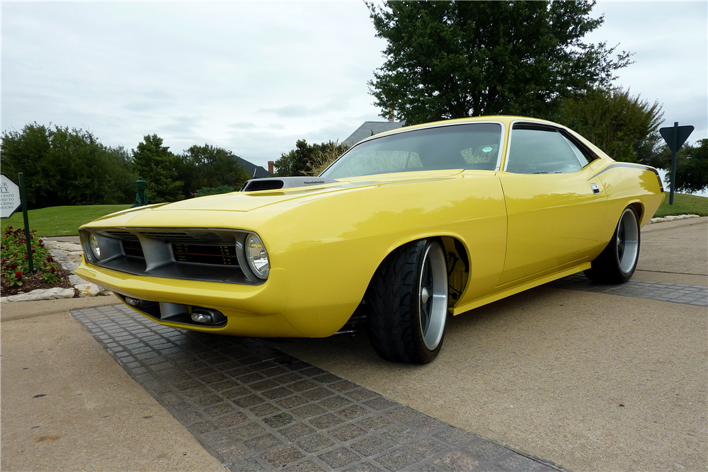 1970 PLYMOUTH 'CUDA CUSTOM COUPE - Front 3/4 - 188758
