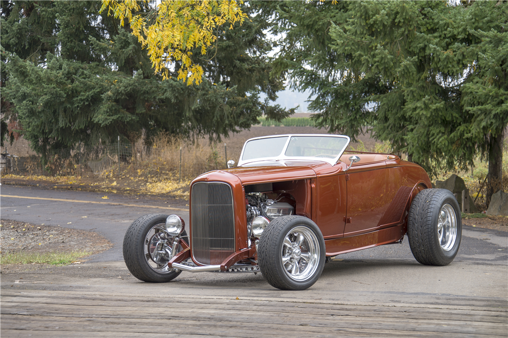 1930 FORD HI-BOY CUSTOM ROADSTER - Front 3/4 - 188759