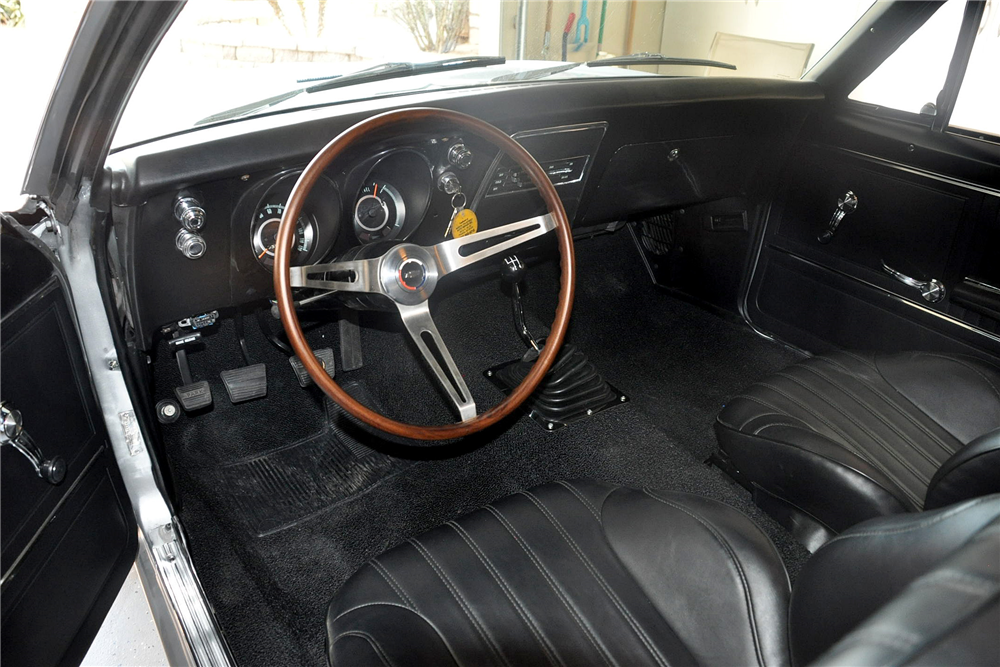1967 CHEVROLET CAMARO CUSTOM COUPE - Interior - 188763