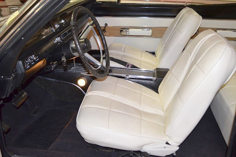 1968 PLYMOUTH GTX  - Interior - 188801