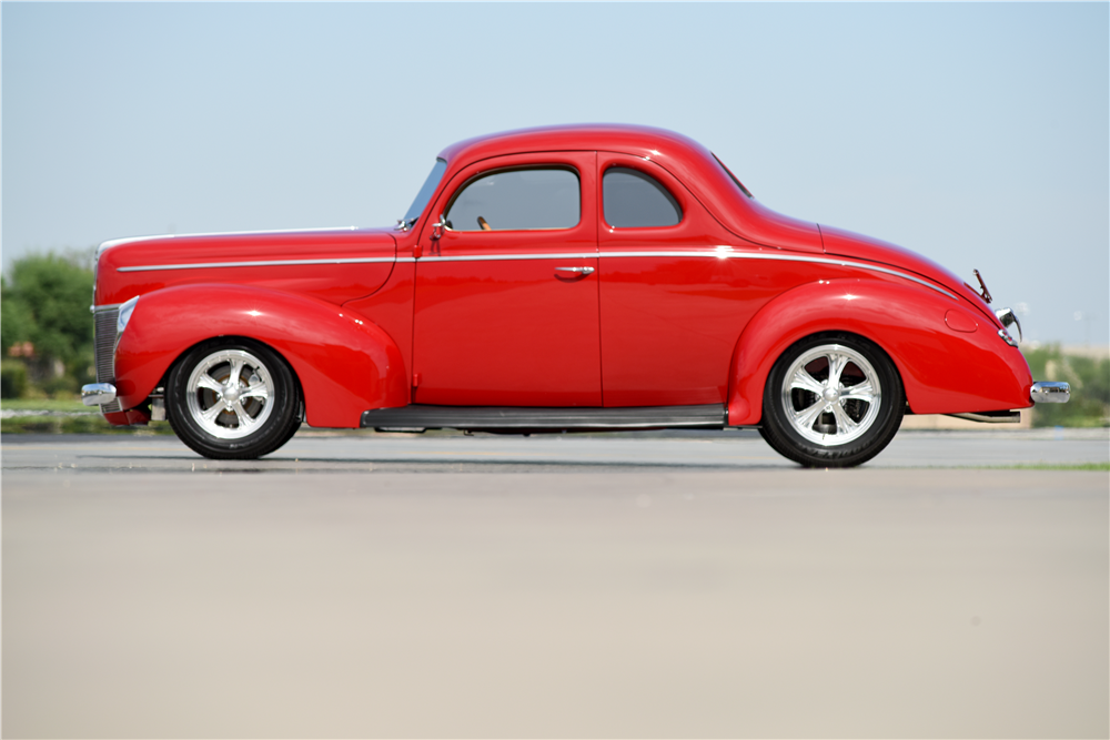 1940 FORD DELUXE CUSTOM COUPE - Side Profile - 188860