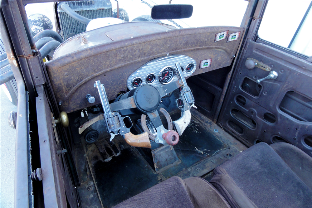 1927 ESSEX CUSTOM SEDAN - Interior - 188872