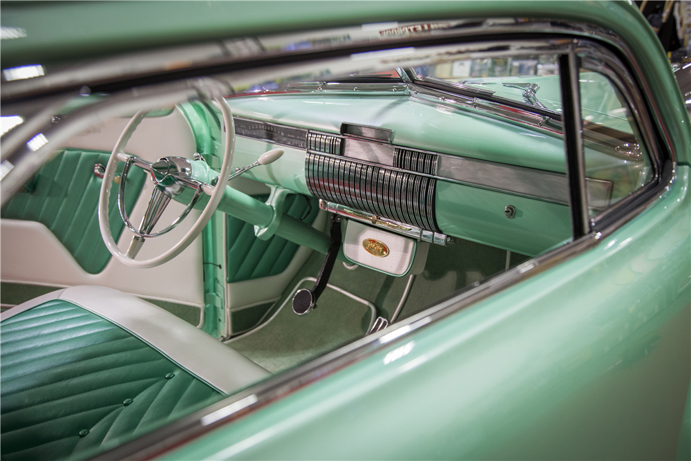 "1940 CADILLAC SERIES 62 CUSTOM COUPE ""SOPHIA"" - Interior - 188874"