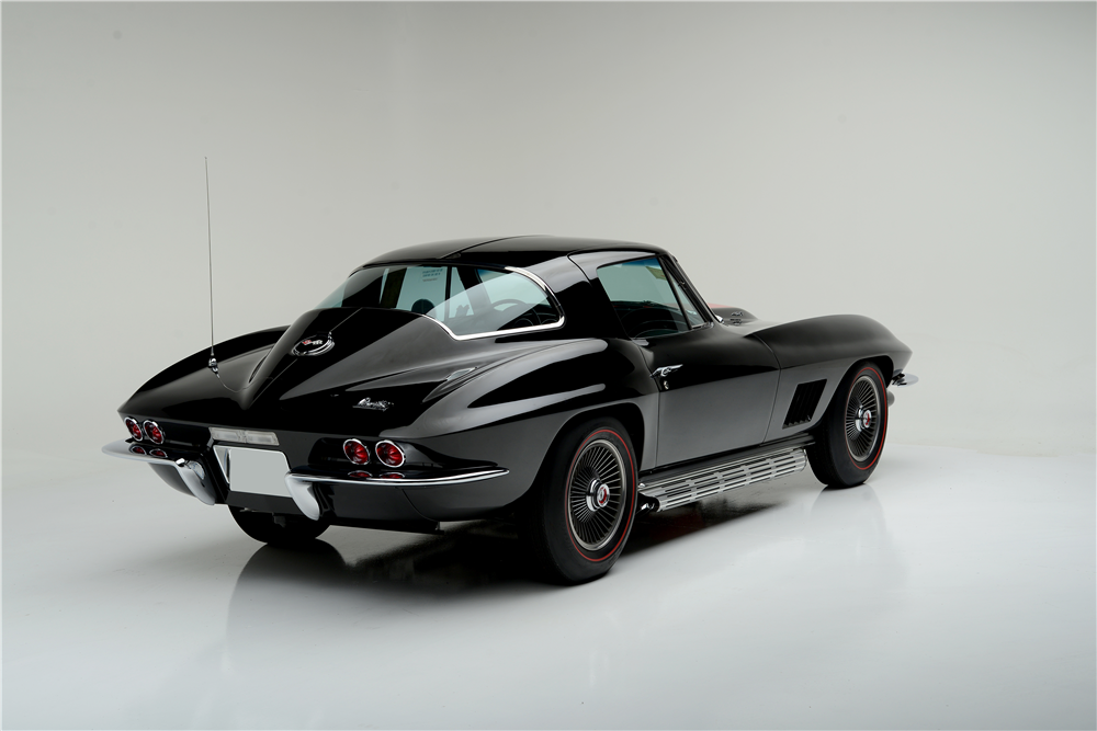 1967 CHEVROLET CORVETTE  - Rear 3/4 - 188884