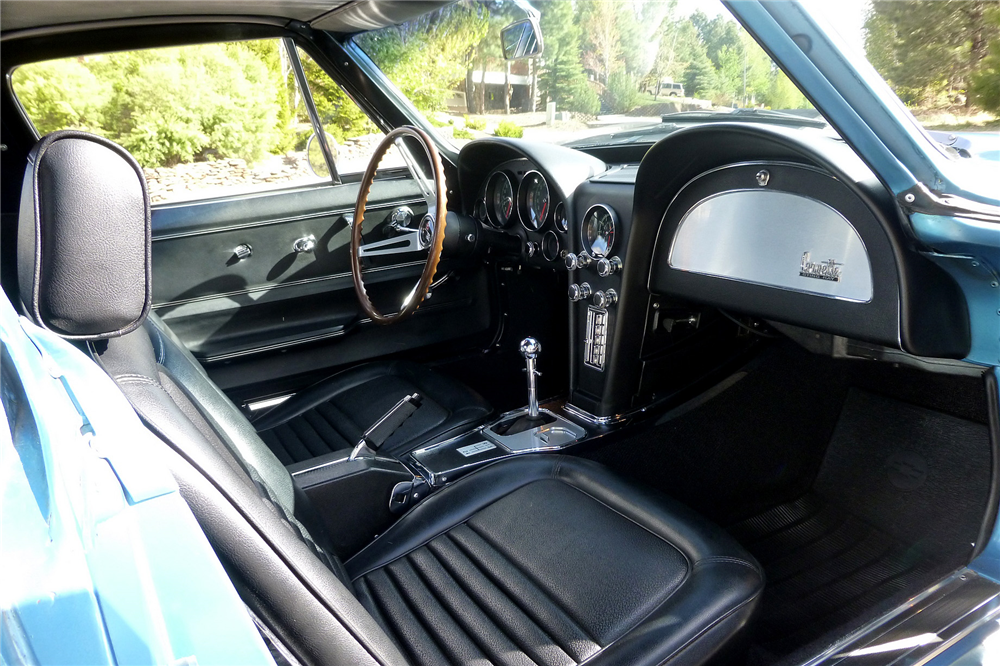 1967 CHEVROLET CORVETTE L79 - Interior - 188885
