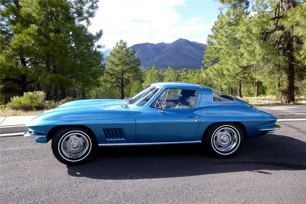 1967 CHEVROLET CORVETTE L79 - Rear 3/4 - 188885