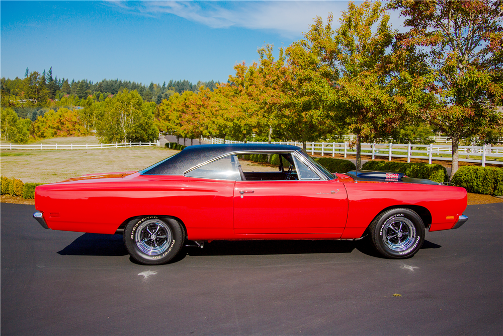 1969 PLYMOUTH ROAD RUNNER CUSTOM HARDTOP - Side Profile - 188935