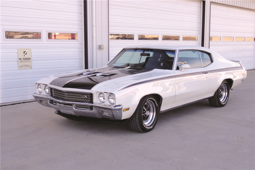1972 BUICK GS  - Front 3/4 - 188940