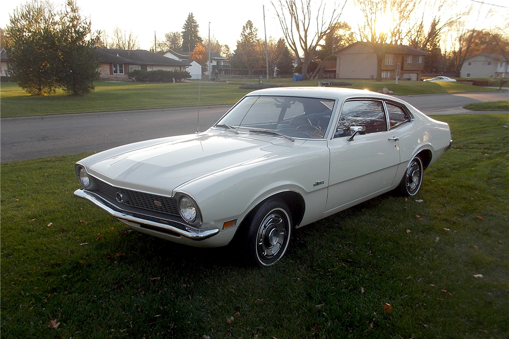 1971 FORD MAVERICK - Front 3/4 - 188951