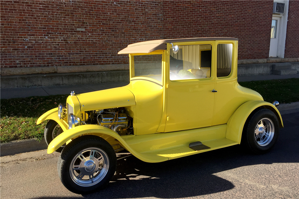 1927 FORD MODEL T CUSTOM COUPE - Front 3/4 - 188952
