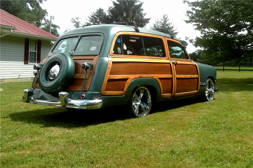 1950 FORD CUSTOM WOODY WAGON - Rear 3/4 - 188967