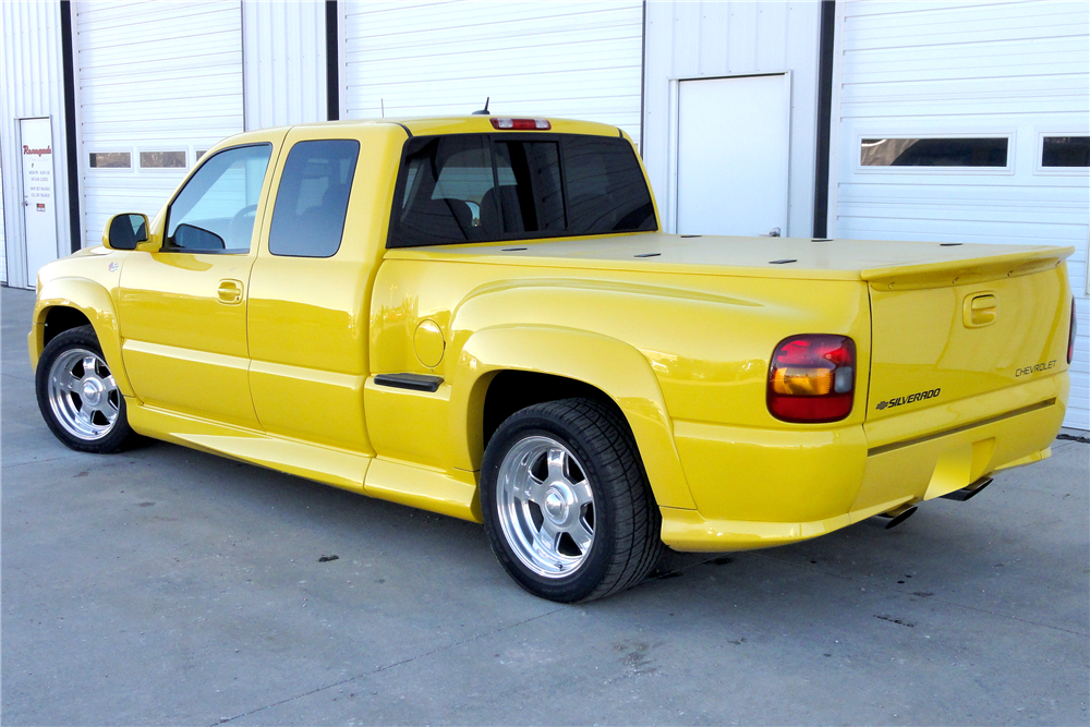 1999 CHEVROLET 1500 CUSTOM PICKUP - Rear 3/4 - 188980