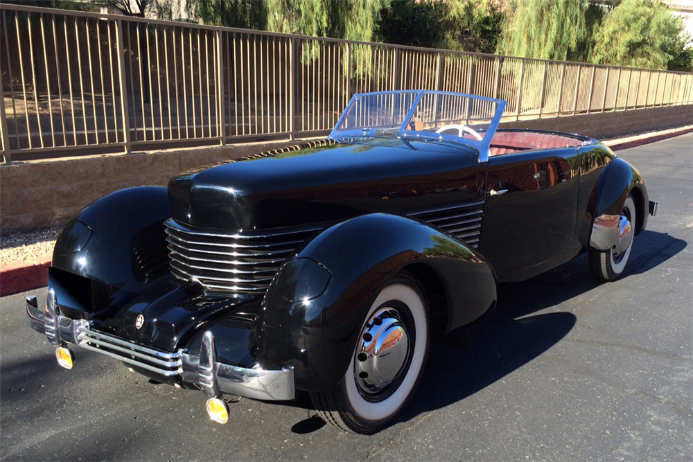1937 CORD 812 PHAETON V8 CONVERTIBLE - Front 3/4 - 188984