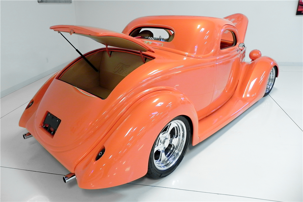 1936 FORD 3-WINDOW CUSTOM COUPE - Rear 3/4 - 189009