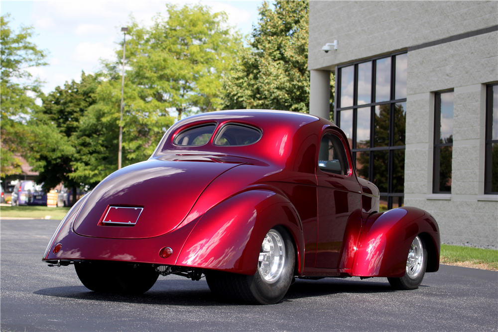 1941 WILLYS AMERICAR CUSTOM COUPE - Rear 3/4 - 189012