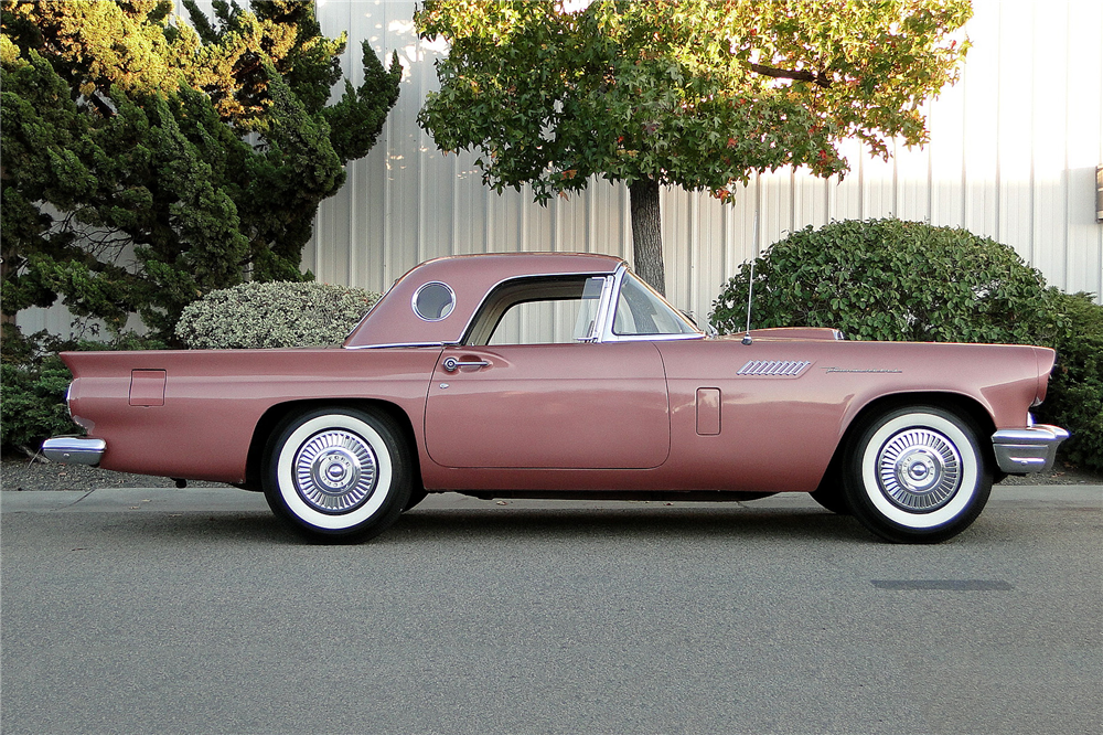 1957 FORD THUNDERBIRD CONVERTIBLE - Side Profile - 189023