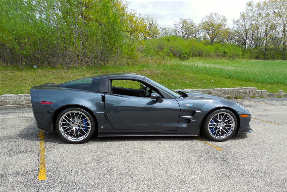 2009 CHEVROLET CORVETTE ZR1 - Side Profile - 189026