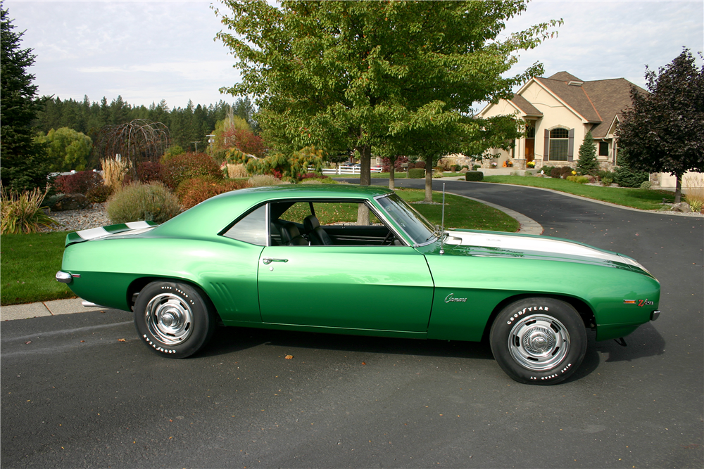 1969 CHEVROLET CAMARO Z/28 - Side Profile - 189031