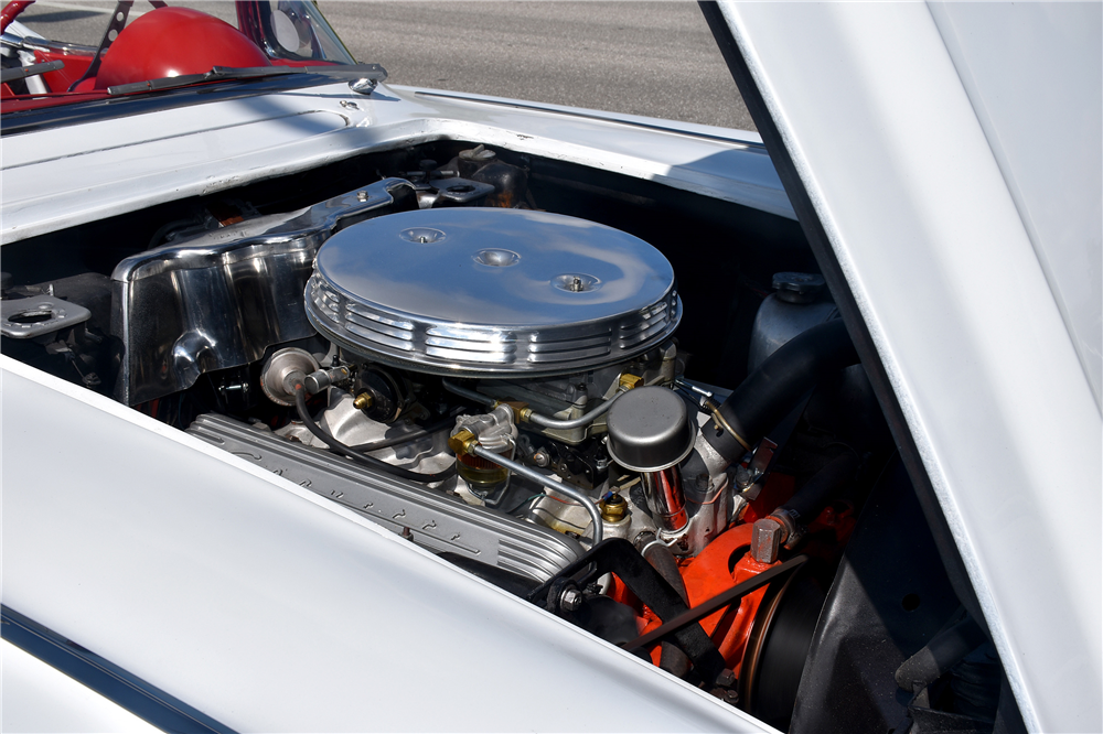 1961 CHEVROLET CORVETTE CONVERTIBLE - Engine - 189032