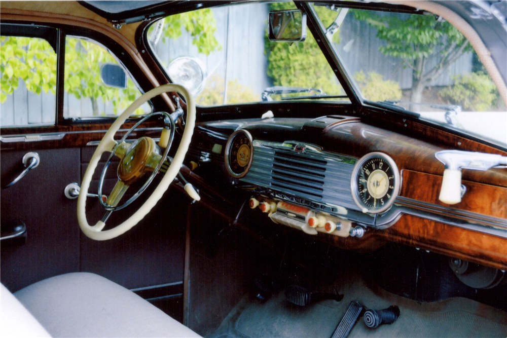1948 CHEVROLET FLEETLINE AEROSEDAN - Interior - 189102