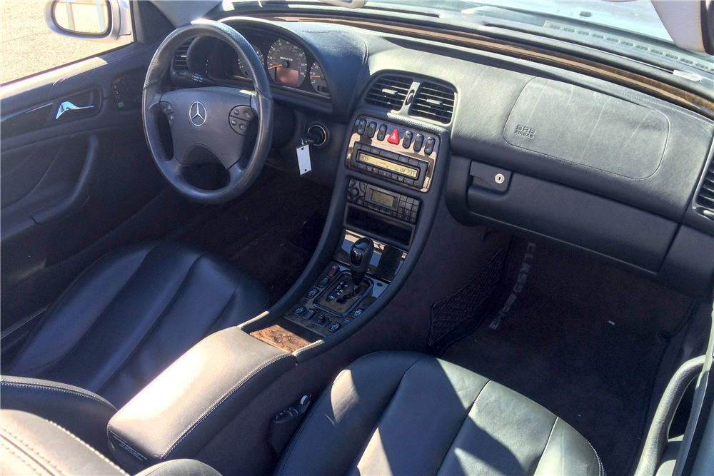 2002 MERCEDES-BENZ CLK 55 AMG CONVERTIBLE - Interior - 189120