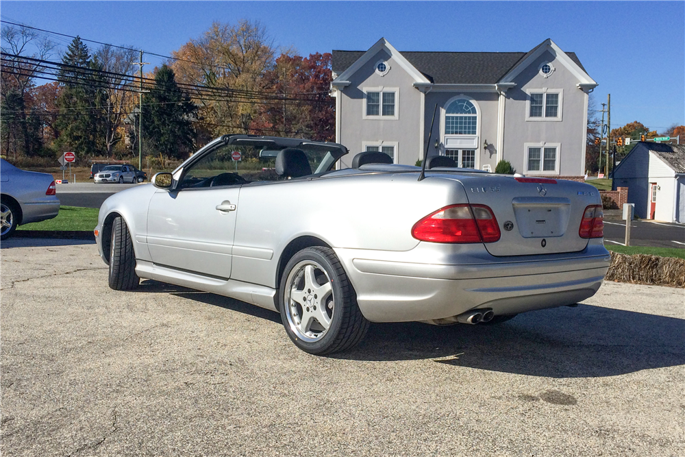 2002 MERCEDES-BENZ CLK 55 AMG CONVERTIBLE - Rear 3/4 - 189120
