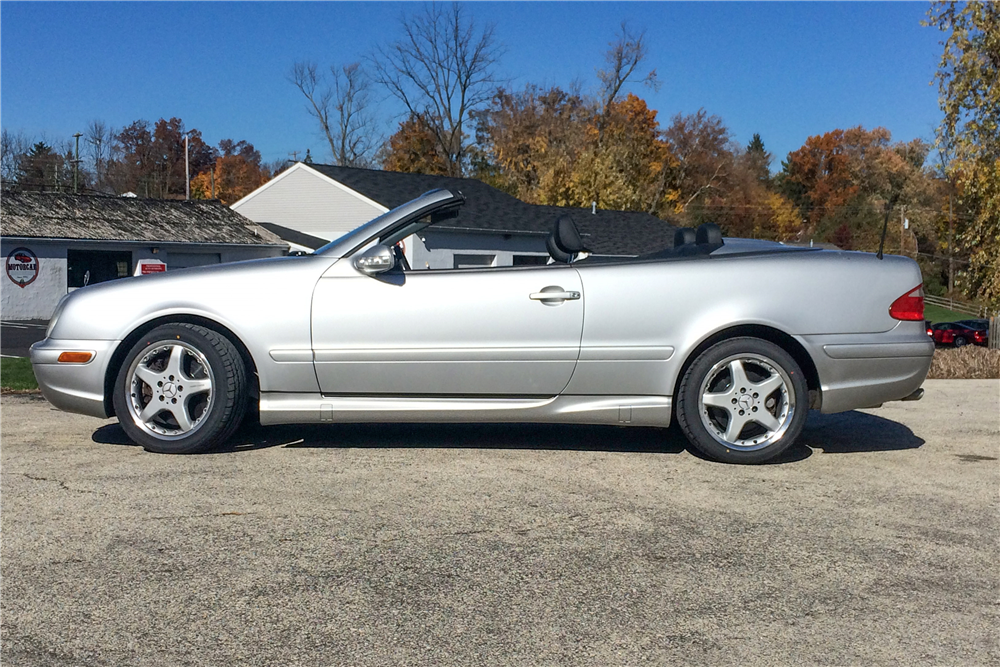 2002 MERCEDES-BENZ CLK 55 AMG CONVERTIBLE - Side Profile - 189120