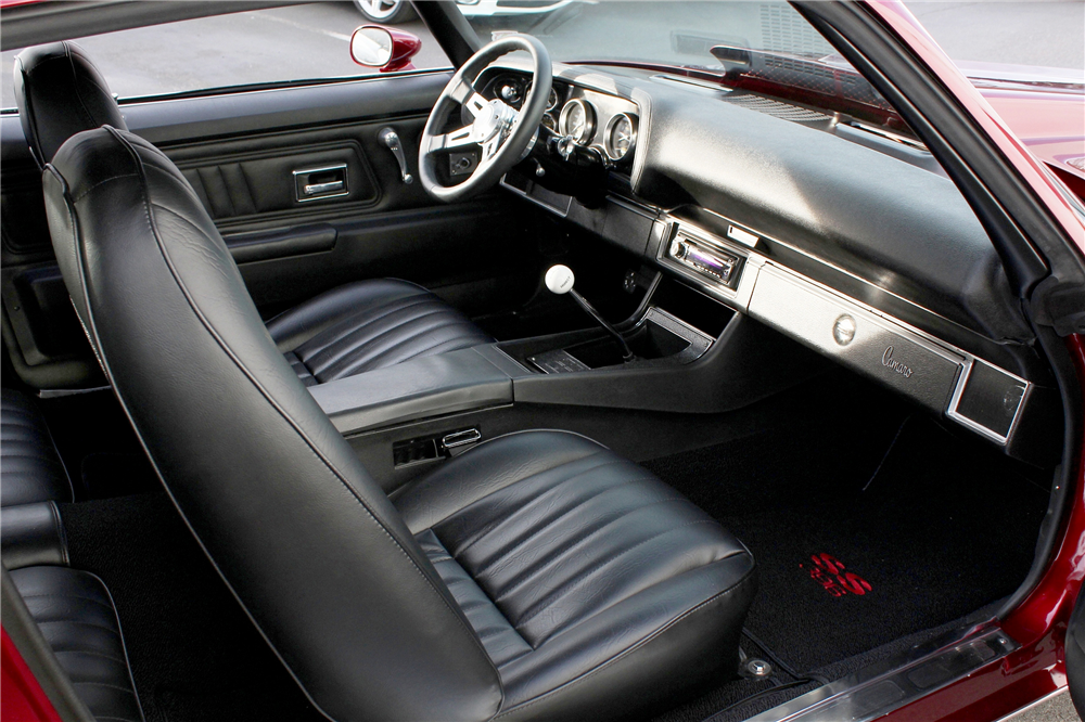 1971 CHEVROLET CAMARO CUSTOM COUPE - Interior - 189132