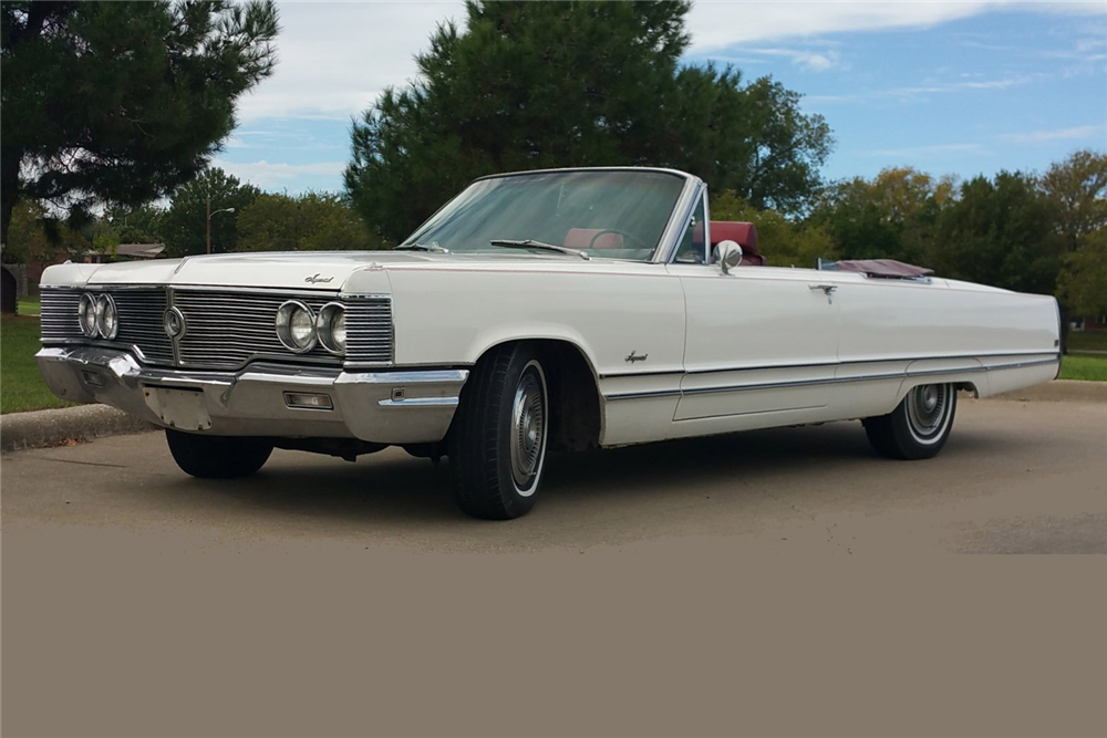 1968 CHRYSLER IMPERIAL CONVERTIBLE - Front 3/4 - 189144