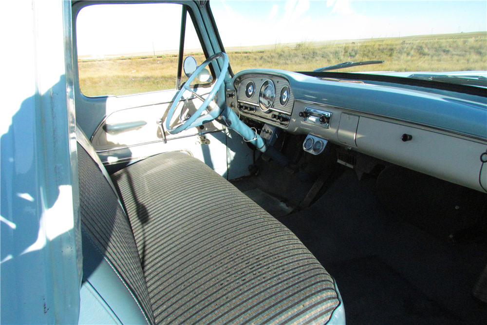 1964 FORD F-100 PICKUP - Interior - 189148