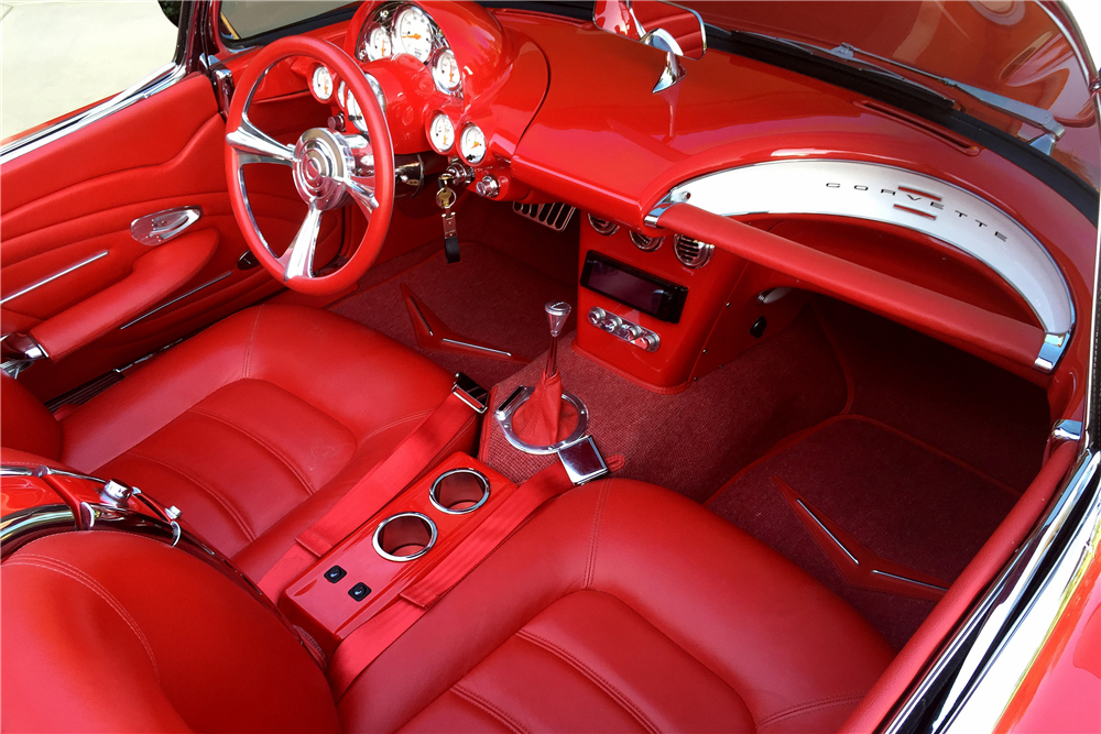 1961 CHEVROLET CORVETTE CUSTOM CONVERTIBLE - Interior - 189156