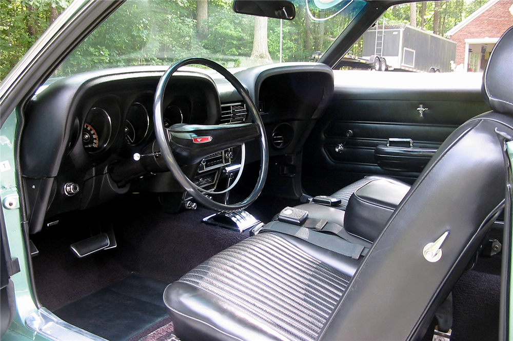 1969 FORD MUSTANG 428 CJ R-CODE - Interior - 189157