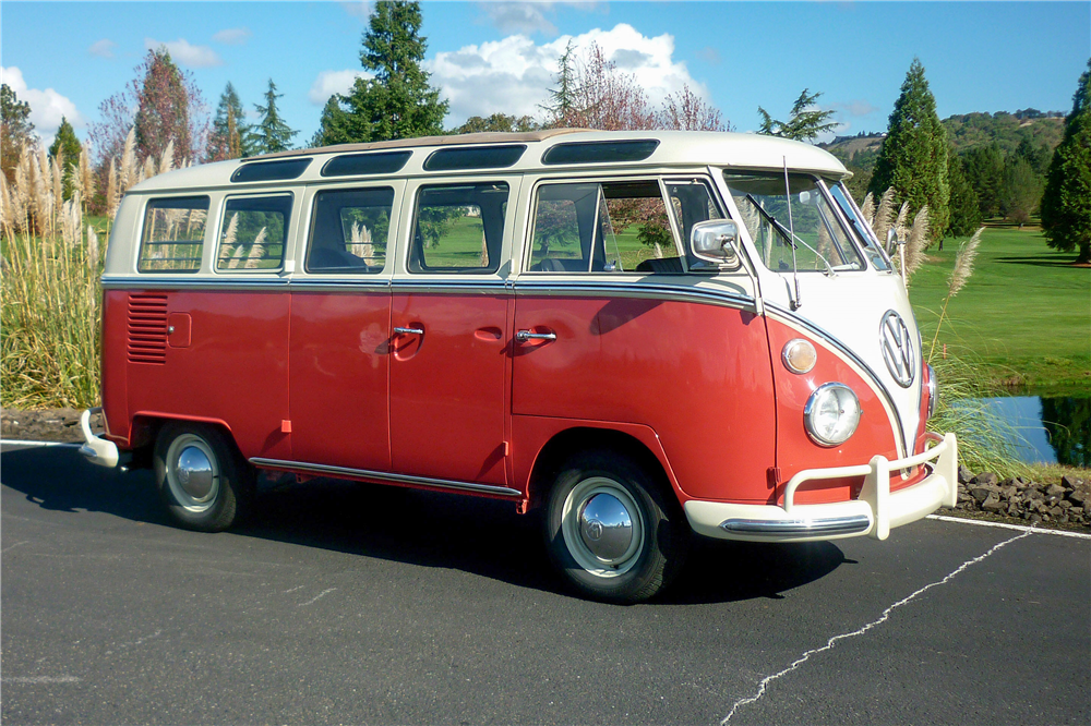 1965 VOLKSWAGEN 21-WINDOW BUS - Front 3/4 - 189164