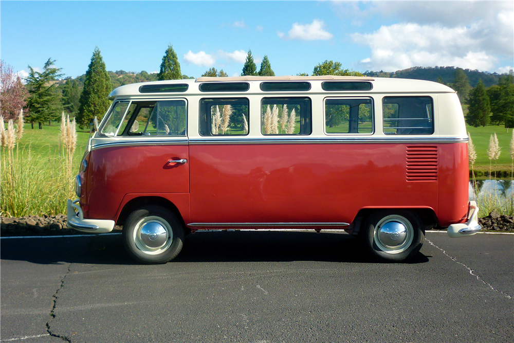 1965 VOLKSWAGEN 21-WINDOW BUS - Side Profile - 189164