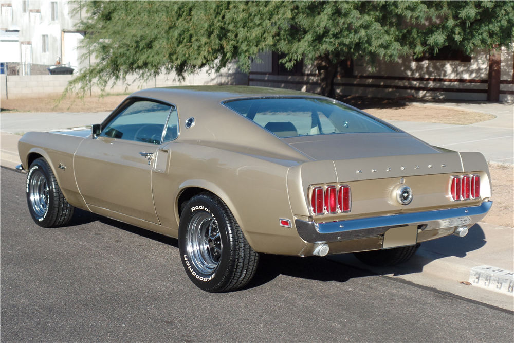 1969 FORD MUSTANG FASTBACK - Rear 3/4 - 189167