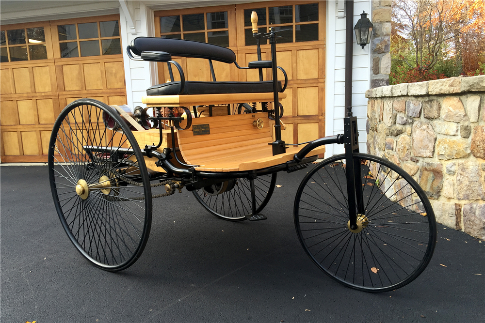 1886 KARL BENZ PATENT MOTOR WAGON RE-CREATION - Front 3/4 - 189168
