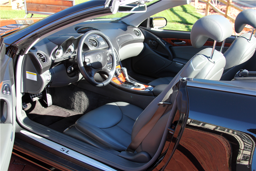 2005 MERCEDES-BENZ SL500 CONVERTIBLE - Interior - 189186