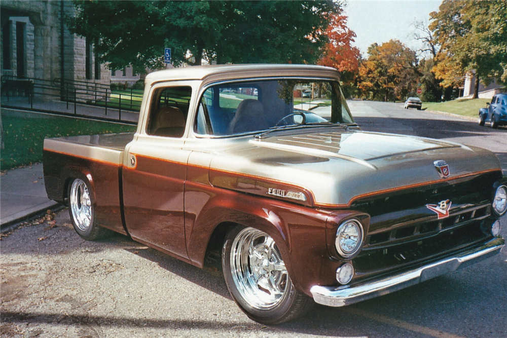 1957 FORD F-100 CUSTOM PICKUP - Front 3/4 - 189209