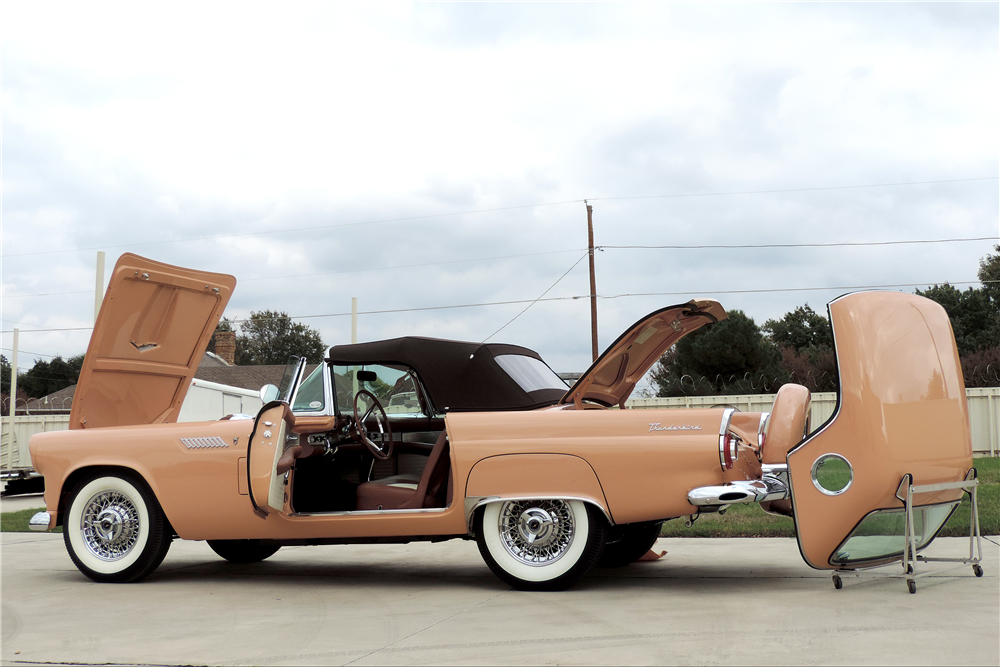 1956 FORD THUNDERBIRD CONVERTIBLE - Side Profile - 189216