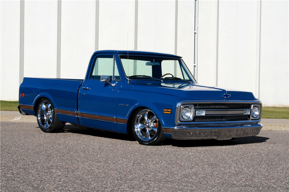 1970 CHEVROLET C-10 CUSTOM PICKUP - Front 3/4 - 189231