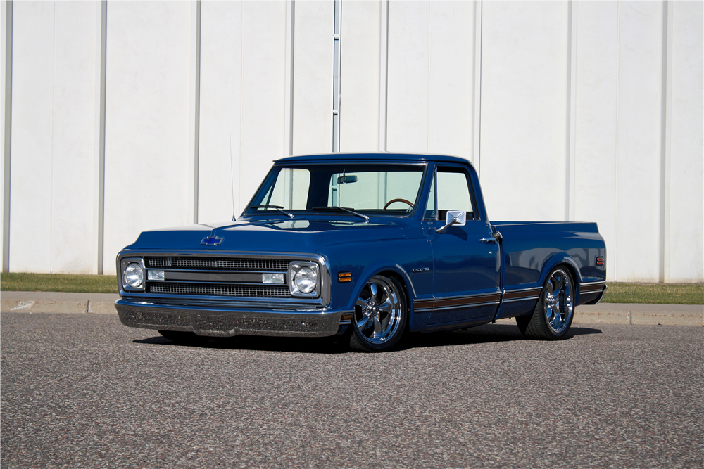 1970 CHEVROLET C-10 CUSTOM PICKUP - Rear 3/4 - 189231