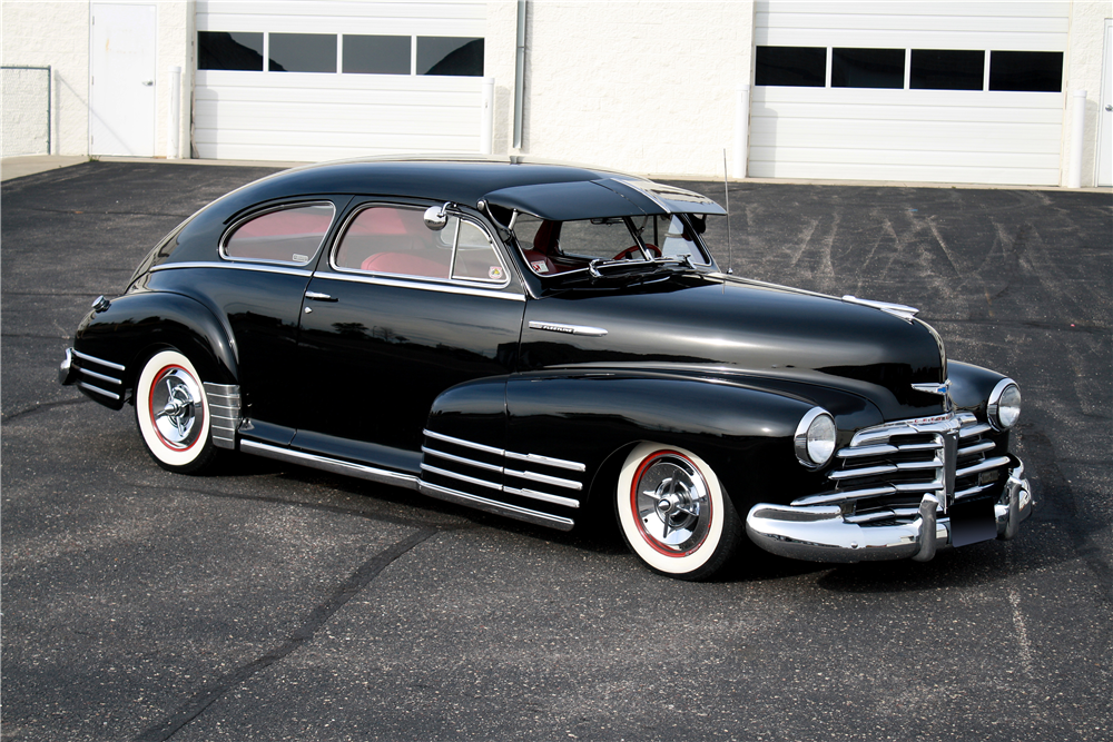 1948 CHEVROLET FLEETLINE CUSTOM SEDAN - Front 3/4 - 189233