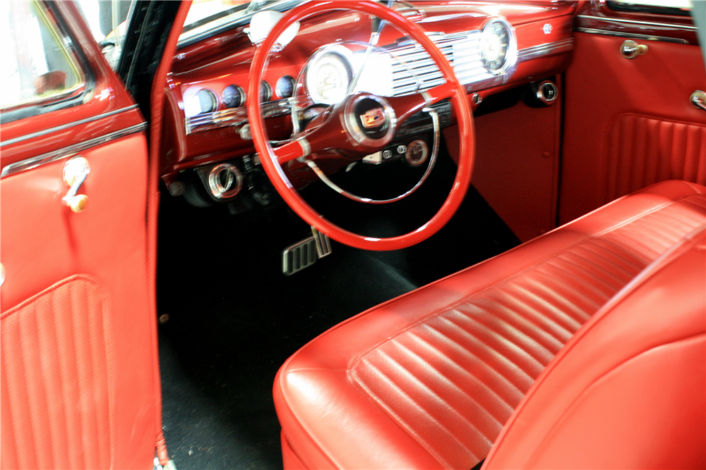 1948 CHEVROLET FLEETLINE CUSTOM SEDAN - Interior - 189233