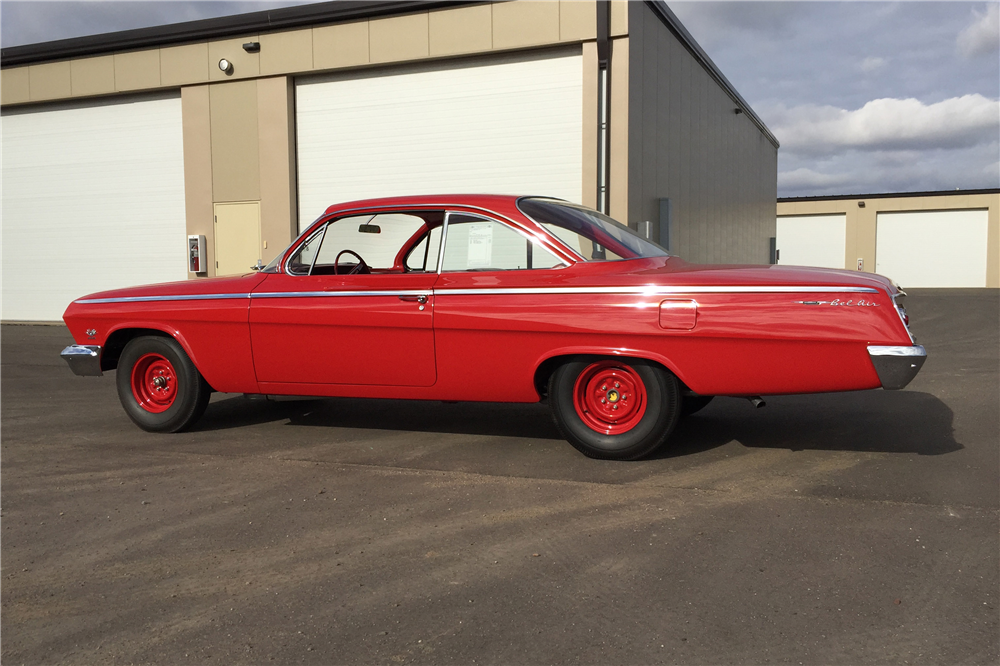 1962 CHEVROLET BEL AIR BUBBLE TOP - Side Profile - 189269