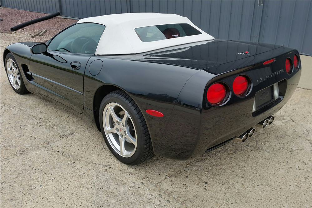 2001 CHEVROLET CORVETTE CONVERTIBLE - Rear 3/4 - 189282