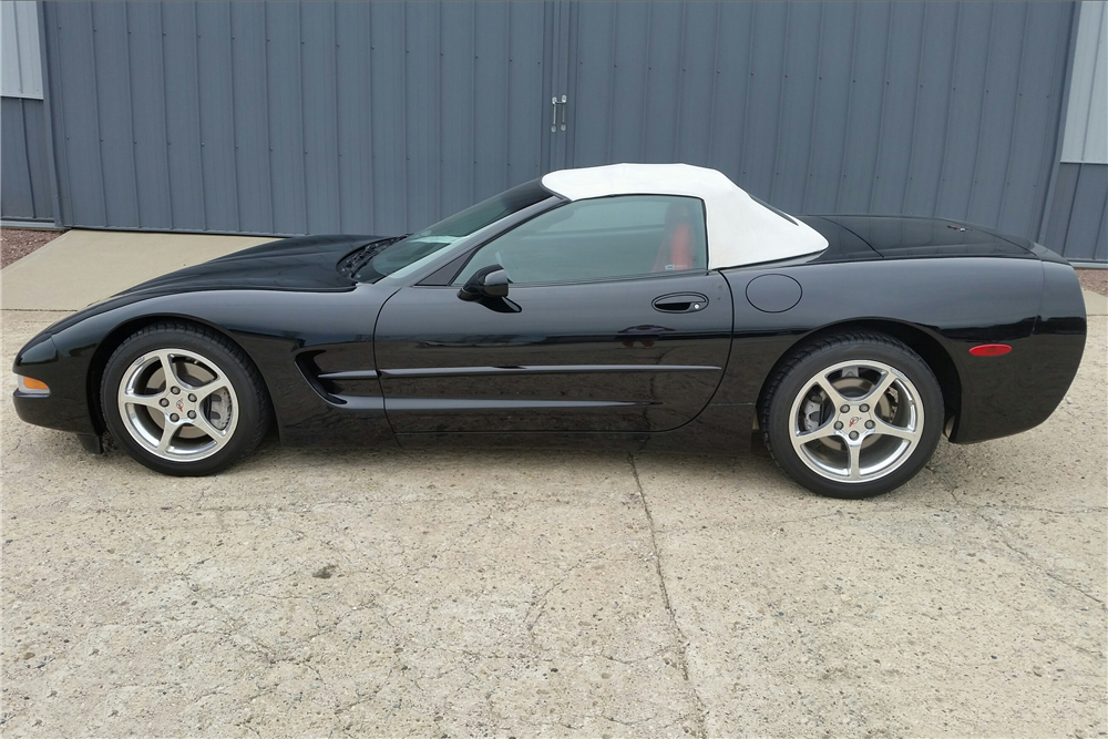2001 CHEVROLET CORVETTE CONVERTIBLE - Side Profile - 189282